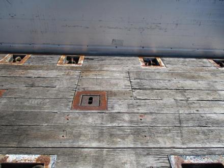 25t仕様 4軸低床 アルミ平ボデー