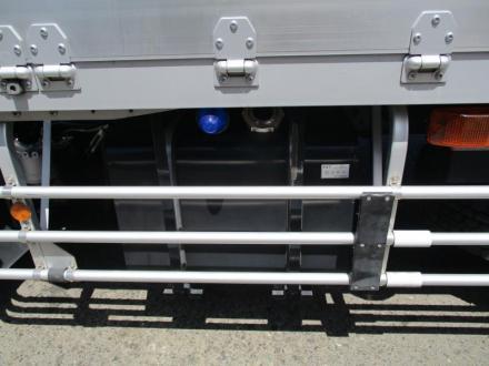 3軸車 2デフ アルミウイング