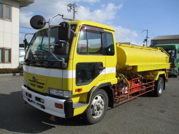 増トン 散水車 6500L