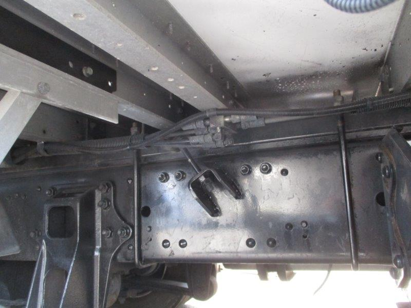 25t仕様 4軸低床 総輪エアサス
